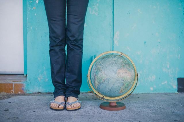 globe feet