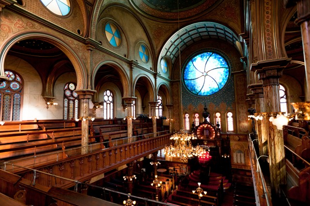 Eldridge Street Synagogue, restored to its 1887 glory