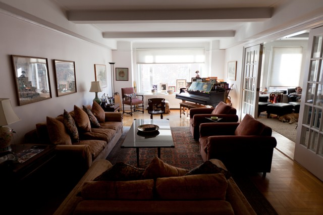 a classic UWS apartment - Harvey, Alice and Emma the dog's home