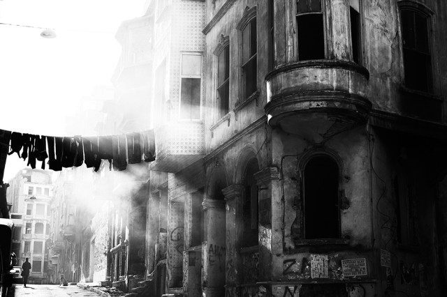 smoke and rubble but at least the washing's done, Istanbul  [b&w]